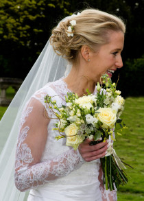 Flowers By Becky, independent florist in Fleet